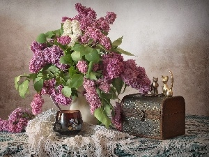 trunk, bouquet, Lilacs